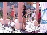 Триша гуляет голышом по отелю